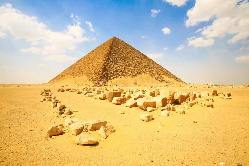 Die Rote Pyramide